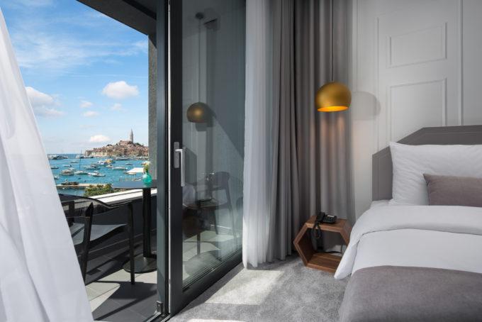 Dvokrevetna Delux soba sa pogledom na more